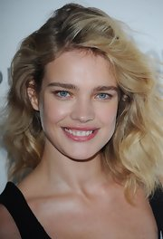 It hardly looked like Natalia Vodianova was wearing any makeup at the 'Glamour' Women of the Year Awards, save for a wash of pink lipstick.