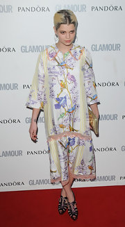 Pixie looked vintage in a collared shift dress with bird print at the Glamour Women of the Year Awards.