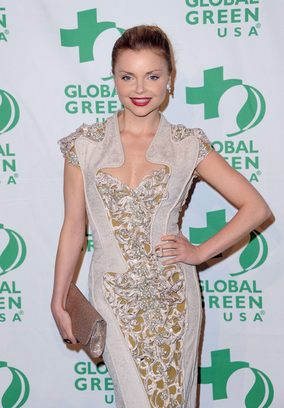More Pics of Izabella Miko Red Lipstick (5 of 6) - Izabella Miko Lookbook - StyleBistro [clothing,dress,red carpet,green,fashion model,cocktail dress,carpet,shoulder,hairstyle,beauty,arrivals,izabella miko,california,hollywood,avalon,global green usa,9th annual pre-oscar party]