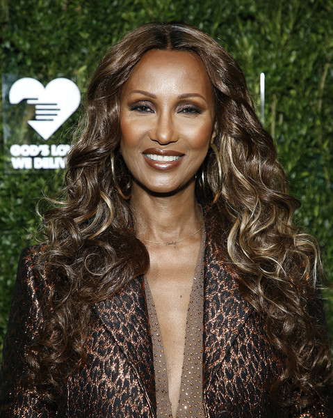 Iman sported a long curly hairstyle at the God's Love We Deliver Golden Heart Awards.