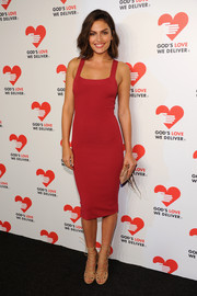 Alyssa Miller looked oh-so-svelte in a body-con red dress during the Golden Heart Awards.