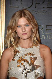 Constance Jablonski looked lovely with her voluminous waves at the Gold Obsession Party.