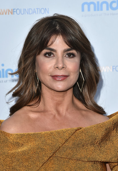 Paula Abdul sported feathery waves and center-parted bangs at the Love In For Kids event.