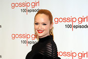 Kaylee Defer wore a vibrant tomato red lipstick at the 'Gossip Girl' 100th episode celebration.