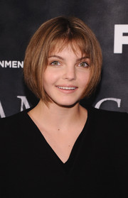 Camren Bicondova sported a face-framing bob at the premiere of 'Gotham.'