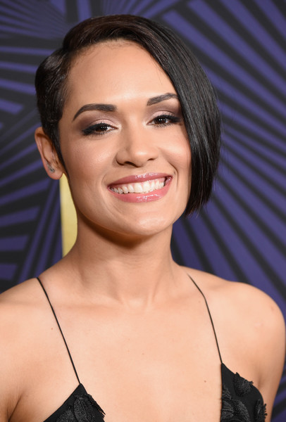 Grace Gealey Short Side Part
