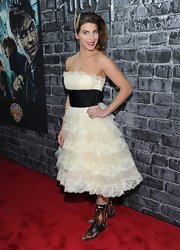 Natalie was a frothy doll at the Harry Potter exhibit in a tiered tulle dress.