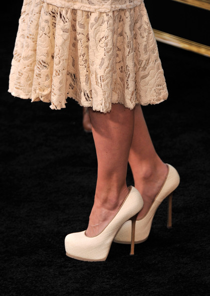 More Pics of Jennifer Morrison Platform Pumps (5 of 8) - Platform Pumps Lookbook - StyleBistro