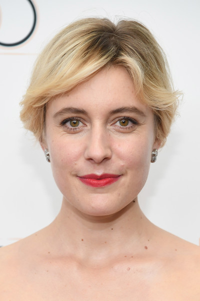 Greta Gerwig Short Side Part