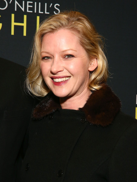 Gretchen Mol Bob [hair,face,hairstyle,blond,chin,smile,premiere,long hair,layered hair,brown hair,hughie,gretchen mol,booth theater,new york city,broadway,broadway opening night]