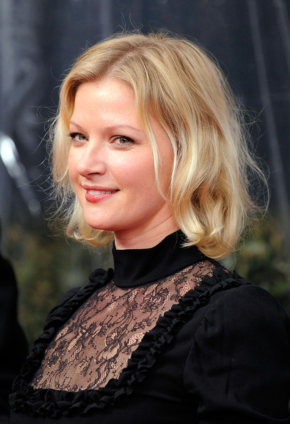 Gretchen Mol Short Wavy Cut [daybreakers,hair,blond,face,hairstyle,lady,eyebrow,beauty,chin,lip,layered hair,gretchen mol,model,new york city,sva theater,lionsgate,premiere]