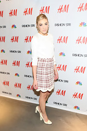 How adorable is Mia Moretti's scalloped tweed skirt?