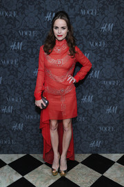 Taryn Manning donned an elegant beaded red fishtail dress for the H&M and Vogue Studios party.
