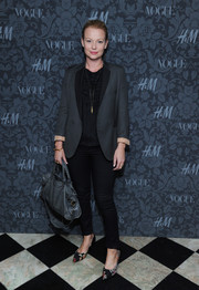 Samantha Mathis paired a gray blazer with skinny pants for a smart finish at the H&M and Vogue Studios Between the Shows party.