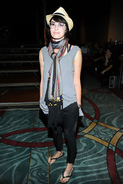 Lena Headey wore a colorful patterned scarf with her casual outfit for instant chic.