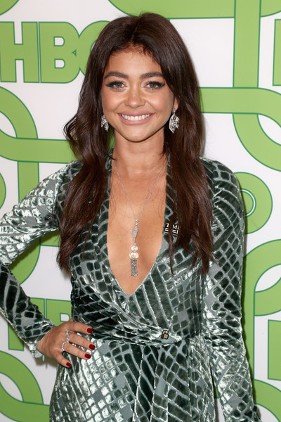 More Pics of Sarah Hyland Strappy Sandals (2 of 4) - Heels Lookbook - StyleBistro [hair,beauty,hairstyle,fashion model,lady,long hair,black hair,shoulder,fashion,flooring,sarah hyland,official golden globe awards,california,los angeles,circa 55 restaurant,hbo,arrivals]