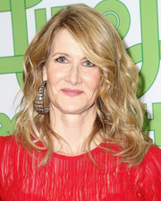 Laura Dern was beautifully coiffed with high-volume waves at the HBO Golden Globes after-party.