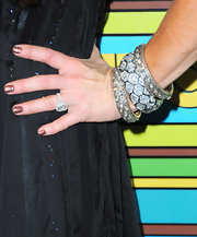 Kim Richards brought out her best jewels for HBO's Golden Globe Awards party. She outfitted her wrist with diamond bangle bracelets.