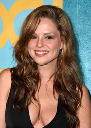 Chelsea Cardwell wore her hair super long with beachy waves at the HBO Golden Globes party.