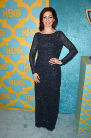 Carrie Preston attended the HBO Golden Globes party looking all sparkly in a long-sleeve sequined gown in midnight blue.