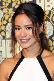 For her beauty look, Jamie Chung got playful with a blue cat eye.