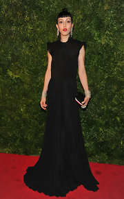 Michelle Harper looked like a vintage fashion illustration in this black pleated gown and dramatic 'do.