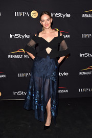 Jess Weixler went the modern route in a structured cutout top by Roland Mouret at the HFPA and InStyle TIFF celebration.