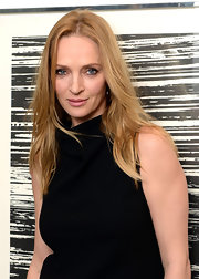 Uma Thurman's long blonde hair had just a slight wave at the HRC Marriage for Equality event.