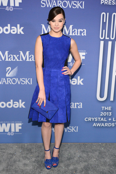 Hailee Steinfeld Suede Dress [women in film,blue,fashion model,electric blue,cobalt blue,dress,catwalk,flooring,cocktail dress,fashion,carpet,crystal,hailee steinfeld,lucy awards,beverly hills,california,the beverly hilton hotel,crystal lucy awards]