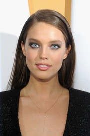 Emily DiDonato was a smouldering beauty with subtle smoky eyes.