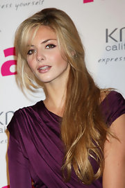 Tamsin Egerton simply wore her super long hair down for the Hair Magazine Awards 2009.