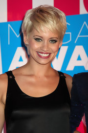 Kimberly Wyatt shows off her blonde pixie cut at the Hair Magazine Awards.