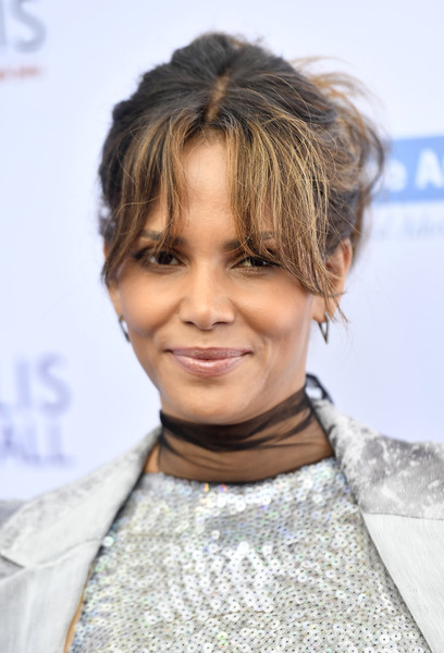Halle Berry Messy Updo [hair,hairstyle,face,chin,eyebrow,blond,forehead,black hair,long hair,brown hair,arrivals,halle berry,private residence,los angeles,california,chrysalis butterfly ball]