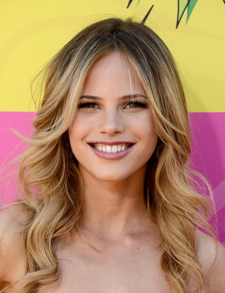 Halston Sage Beauty