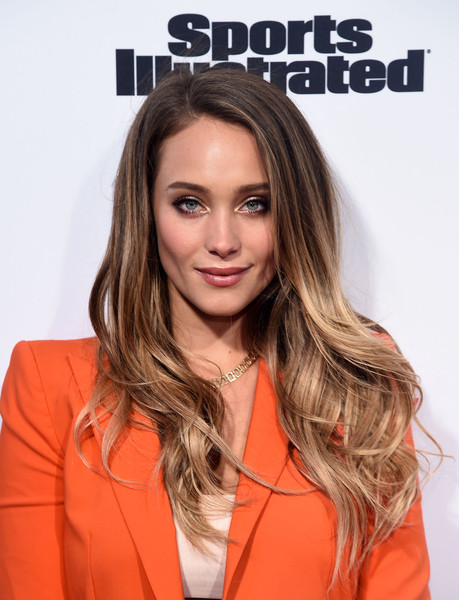 Hannah Jeter Ombre Hair [sports illustrated,hair,face,hairstyle,blond,brown hair,long hair,layered hair,orange,eyebrow,hair coloring,hannah davis,vandal,new york city,fashionable 50 nyc event]