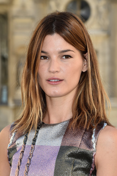 Hanneli Mustaparta Medium Layered Cut [hair,face,hairstyle,brown hair,eyebrow,beauty,layered hair,hair coloring,long hair,chin,hanneli mustaparta,front row,part,paris,france,christian dior,paris fashion week womenswear spring]