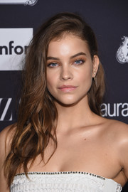 Barbara Palvin topped off her look with this glamorous wavy hairstyle for the Harper's Bazaar Icons event.