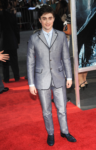 Daniel Radcliffe showed off his stylish side in a gunmetal grey suit, which he paired with a matching tie.