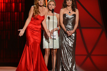 Hayden Panettiere Connie Britton 46th Annual CMA Awards - Show