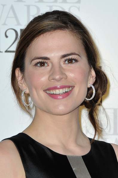 Hayley Atwell Pink Lipstick [hair,face,hairstyle,eyebrow,chin,lip,beauty,skin,blond,brown hair,elle style awards,the elle style awards,london,england,savoy hotel,arrivals,hayley atwell]
