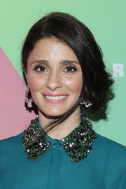 Shiri Appleby styled her hair into a loose side chignon for the launch of HearstLive.