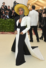 Janelle Monae stuck to her signature black-and-white palette with this Marc Jacobs gown at the 2018 Met Gala.