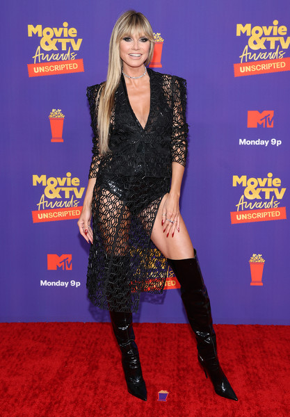 Heidi Klum Skirt Suit [movie,image,clothing,joint,leg,fashion,durango boot,neck,sleeve,waist,flooring,thigh,unscripted - arrivals,tv awards,joint,red carpet,human biology,science,clothing,mtv,red carpet,joint,carpet,celebrity,red,personality]