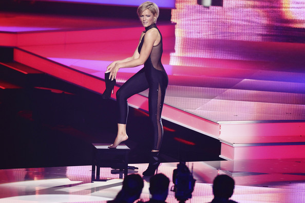 more pics of helene fischer studded boots 36 of 158. Black Bedroom Furniture Sets. Home Design Ideas