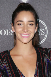 Aly Raisman pulled her hair back into a high ponytail for the Heroes at the ESPYS event.