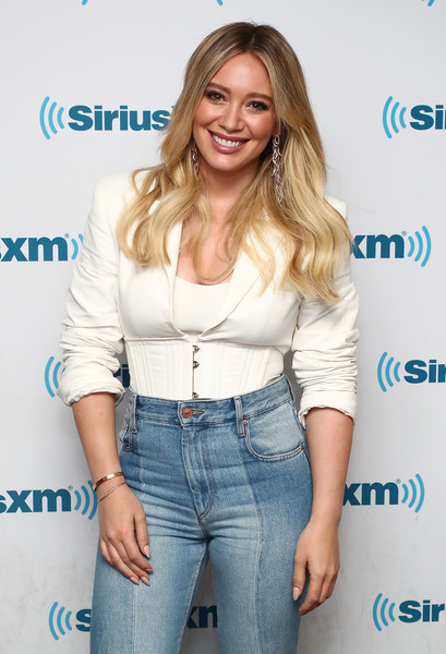 Hilary Duff Gold Bracelet [cast,hilary duff,peter hermann,molly bernard,debi mazar,sutton foster,miriam shor,hair,clothing,blond,hairstyle,shoulder,long hair,jeans,joint,layered hair,smile,town hall,siriusxm,siriusxm studios]