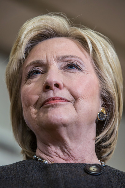 Hillary Clinton Bob [face,hair,chin,head,skin,wrinkle,nose,cheek,human,mouth,hillary clinton,candidate,caucus approaches,iowa,state,knoxville,democratic,iowa caucuses,party,campaign event]
