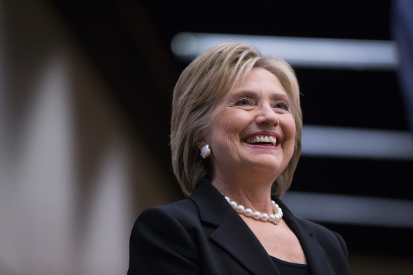 Hillary Clinton Bob [smile,official,photography,businessperson,public speaking,spokesperson,hillary clinton,supporters,candidates,president,debate,nomination,iowa,des moines,democratic presidential primary debate held,party]