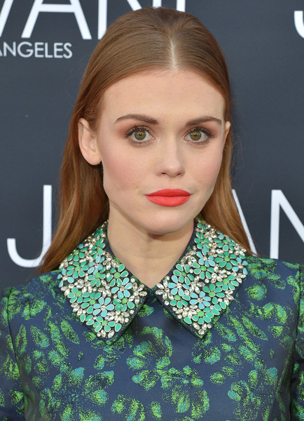 Holland Roden Retro Hairstyle