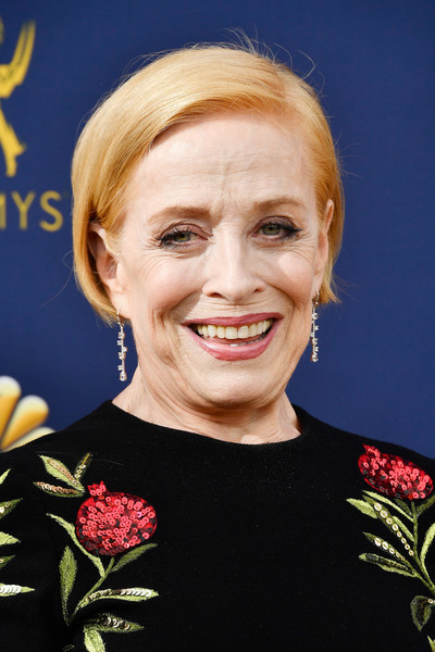 Holland Taylor Bob [hair,hairstyle,chin,blond,smile,plant,portrait,arrivals,holland taylor,emmy awards,70th emmy awards,microsoft theater,los angeles,california]